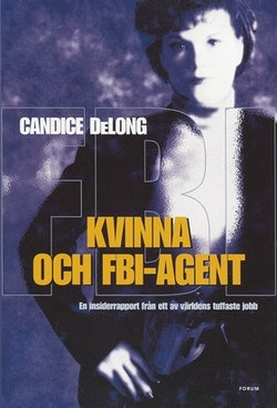 Kvinna och FBI-agent