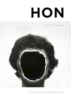 Hon : en relationsroman
