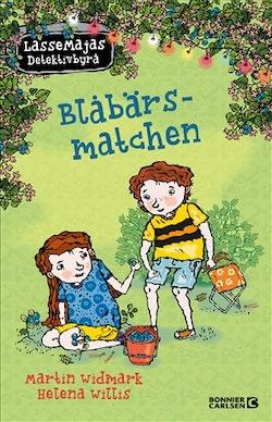LasseMajas sommarlovsbok. Blåbärsmatchen