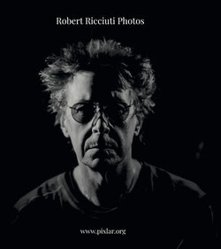 Robert Ricciuti Photos
